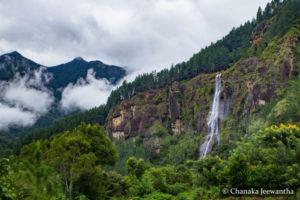 Bambarakanda Waterfall - Ella