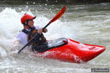 Kayaking in Kitulgala Sri Lanka